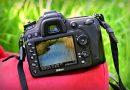 Aparat fotograficzny może być idealnym prezentem. Jednak musimy poznać stopień zaawansowania, preferencje oraz wymagania osoby, która ten aparat otrzyma.